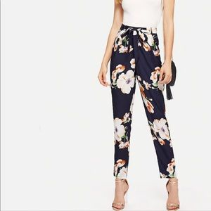 SHEIN Self Belted Floral Tapered Pants